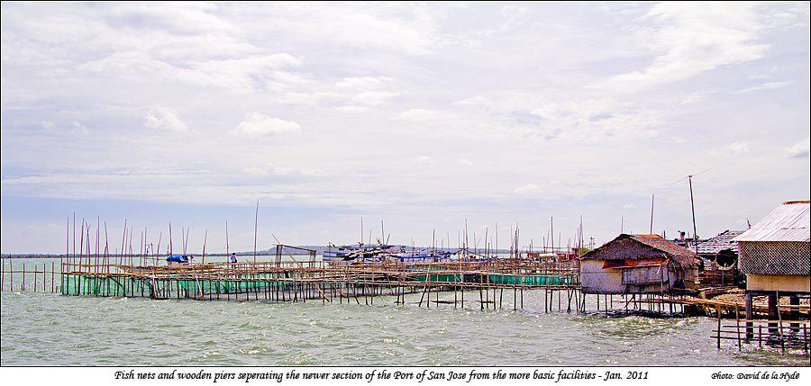 Caminawit port san jose mindoro occidental for Pier fishing net
